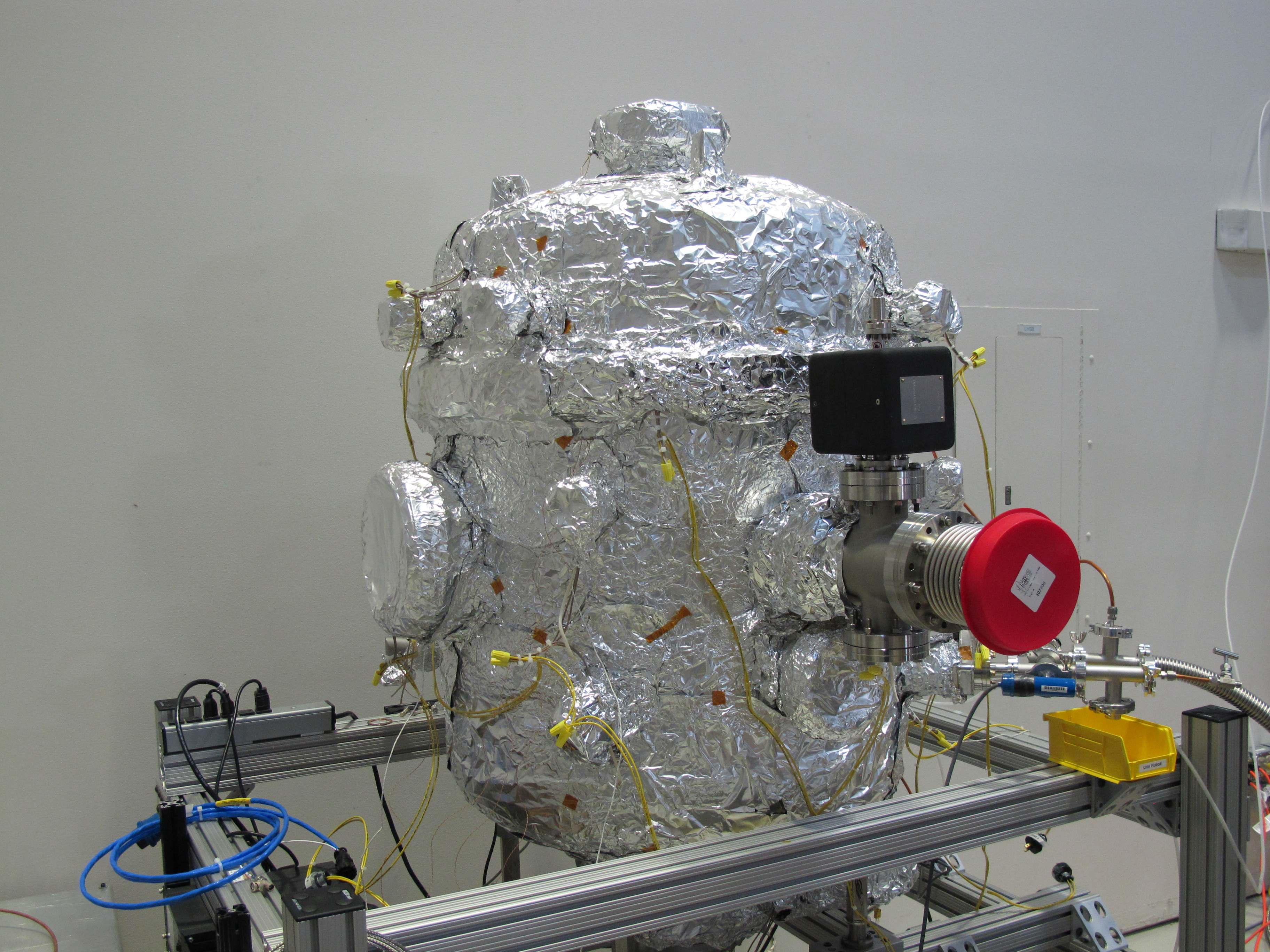 Ultra High Vacuum Chamber